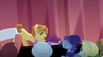 Feather Bangs picks Sugar Belle up off the floor S7E8