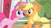 Pinkie Pie and Applejack S01E25