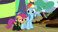 """Scootaloo """"the kind of pony I wanna look up to"""" S8E20"""