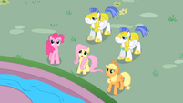 Fluttershy --come down from there-- S01E22