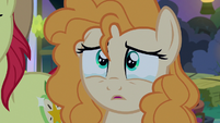 Pear Butter looking tearfully at her father S7E13