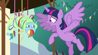 """Twilight '""""The yaks are going home!"""" S5E11"""