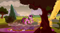 Twilight and Spike see a tree about to be pulled S5E26