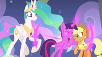 Twilight teleports in and plugs AJ's mouth S8E7