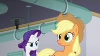 Applejack looking suspicious S6E10