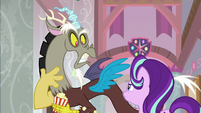 Discord offended by Starlight's words S8E15
