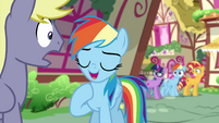 Equestrian Rainbow talking with Stormfeather EGSB