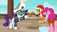 Rarity --unfit for a luxury cruise-- S6E22