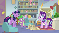 "Spike ""headmare of the School of Friendship!"" S9E20"