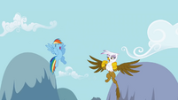 Dash and Gilda starting singing the chant S1E5