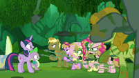 Fluttershy points her spear closer to Twilight S5E26