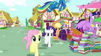Main five and Spike racing to Pinkie Pie S8E18