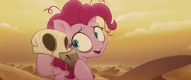 Pinkie Pie picks up a vulture skull MLPTM