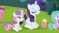 Rarity eating popcorn; Sweetie Belle still bored S7E6