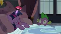 S05E10 Ptak siedzi na rogu Twilight