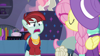 Snooty Scenester gasping offended S8E4