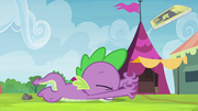 Spike trips over S4E22.png