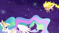 Celestia shields Starlight from Daybreaker's assault S7E10