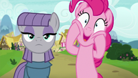 Maud stoic; Pinkie Pie excited S7E4