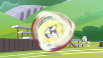 Pizzelle spinning in the air S9E15