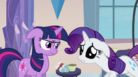 """Rarity sad """"something's gone terribly wrong"""" S03E12"""