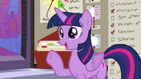 """Twilight """"no more freaking out"""" S9E17"""