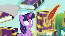 Twilight getting lots of autograph requests S7E14.png