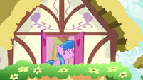 Unnamed mare smelling the flowers S9E23