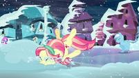 Crystal pony hits her face onto snow S6E2
