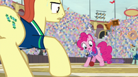 Pinkie Pie dribbling the buckball S9E6