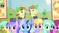 Ponies watching performance S4E20
