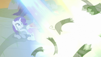 Vines before the Mane Six get blasted S9E2