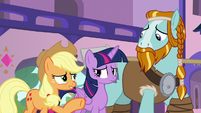 Applejack -you're used to bein' a hero- S8E21