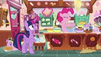 Pinkie Pie starts mixing pie ingredients S7E23