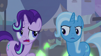 "Starlight ""singing and standing in line"" S8E19"