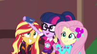 Sunset, Twi, and Fluttershy take a filter EGDS44