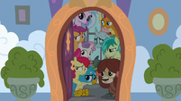 Young Six and CMC witness Cozy's revolt S8E26