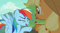 """Rainbow Dash """"I am so there!"""" S6E18"""