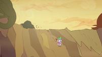 Spike running down S2E21