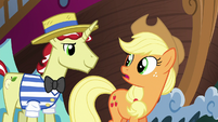 """Applejack """"hope you two know what you're doin'"""" S6E20"""