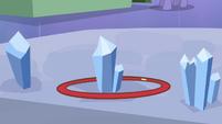 Hoop around crystal S3E2