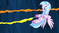 Silverstream painting yellow paint on the wall S9E3