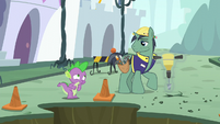 Spike notices the jackhammering stopped S5E10
