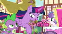 """Twilight """"Flurry can play with the Cake twins"""" S7E3"""