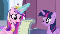 """Cadance """"It looks right to me, but"""" S6E2"""