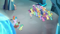 Cozy turns students against Young Six S8E26