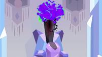 Dark magic hitting crystal throne S3E2