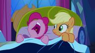 S05E13 Pinkie zasypia przy Applejack