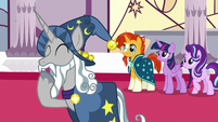 Star Swirl the Bearded laughing S7E26