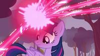 Twilight firing magic at Breezies S4E16